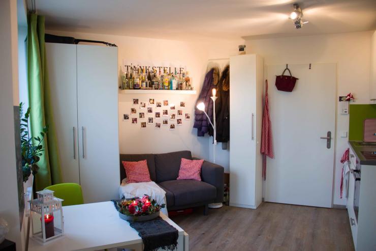 h bsches ein zimmer apartment mit gro er terrasse 1 zimmer wohnung in bonn endenich. Black Bedroom Furniture Sets. Home Design Ideas