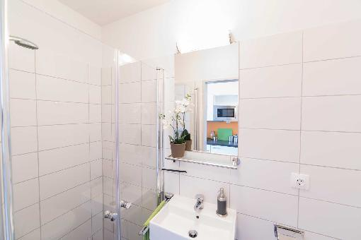 modernes 1 zi apartment in bremen uni n he voll m bliert 1 zimmer wohnung in bremen. Black Bedroom Furniture Sets. Home Design Ideas