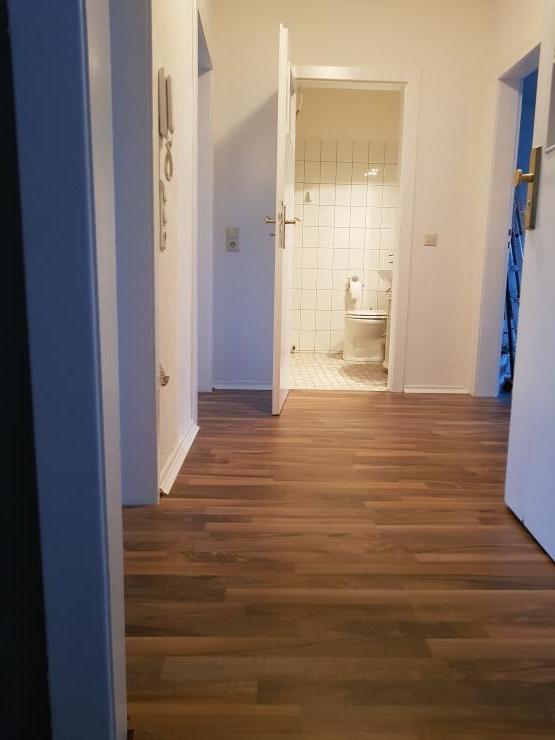 2 zimmer wohnung wg geeignet wohnung in wuppertal elberfeld. Black Bedroom Furniture Sets. Home Design Ideas