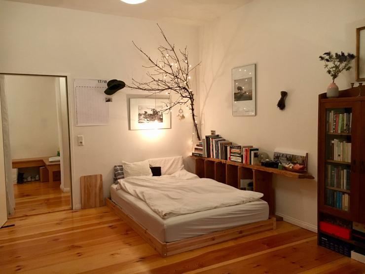 sonniges zimmer mit balkon 18qm wedding m bliertes wg zimmer berlin wedding. Black Bedroom Furniture Sets. Home Design Ideas