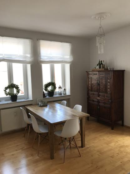 sch ne und helle 2 zimmer wohnung schwanthalerh he westend im sanierten altbau zu vermieten. Black Bedroom Furniture Sets. Home Design Ideas