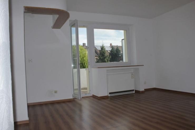 1 5 zimmer wohnung erstbezug nach renovierung inkl. Black Bedroom Furniture Sets. Home Design Ideas