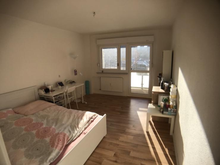 eine wundersch ne wohnung von hwg 1 zimmer wohnung in halle saale. Black Bedroom Furniture Sets. Home Design Ideas