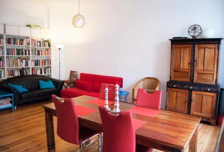 tolle maisonette wohnung im herzen neuk llns wohnung in. Black Bedroom Furniture Sets. Home Design Ideas