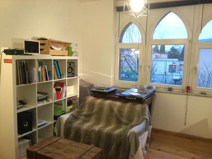 3 zimmer wohnung k che bad geeignet f r referendare etc wohnung in coburg. Black Bedroom Furniture Sets. Home Design Ideas