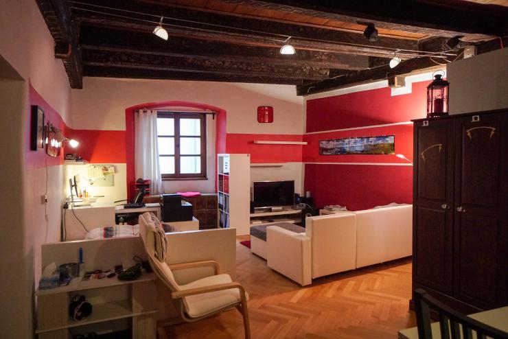 1 zimmerwohnung im herzen der altstadt toplage 1 zimmer wohnung in regensburg innenstadt. Black Bedroom Furniture Sets. Home Design Ideas