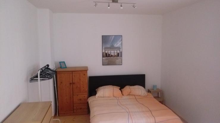 1br in schillerkiez wohnung in berlin neuk lln. Black Bedroom Furniture Sets. Home Design Ideas