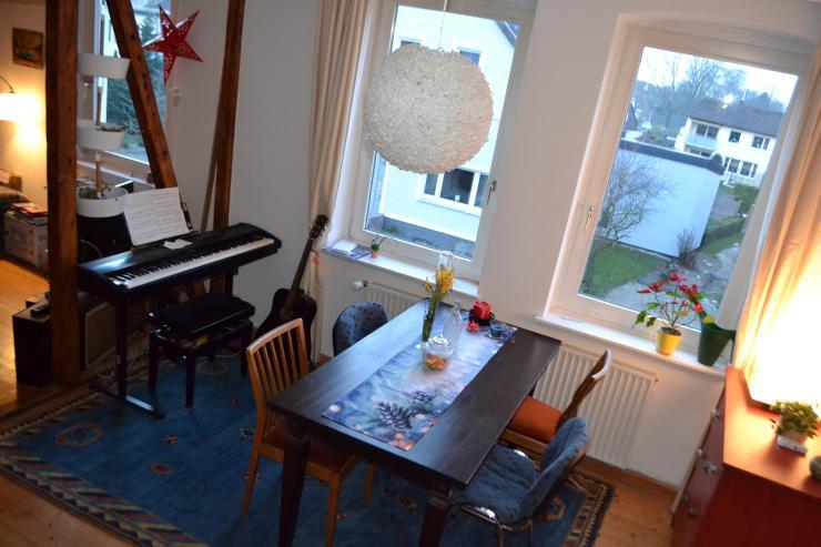 sch nes zimmer in gro er altbau wg wg zimmer in bielefeld stadtbezirk mitte. Black Bedroom Furniture Sets. Home Design Ideas