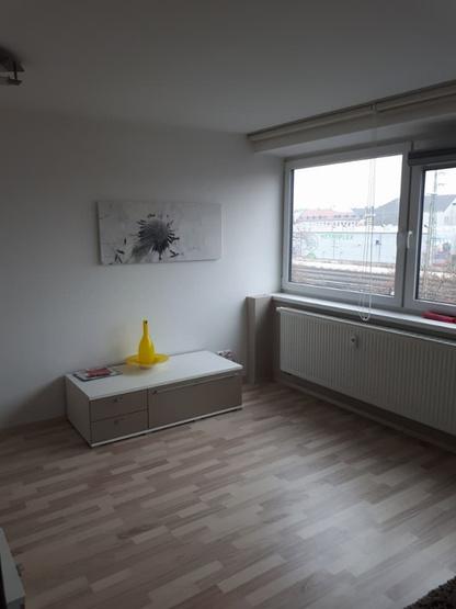 sch ne 1 zimmer wohnung voll m bliert zu vermieten 1 zimmer wohnung in f rth s dstadt. Black Bedroom Furniture Sets. Home Design Ideas