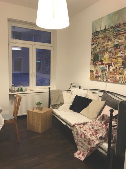 Schönes Zimmer Nähe Osthafenpark Mit Balkon Zimmer Frankfurt Am