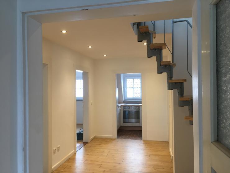 erstbezug nach renovierung wundersch ne altbau 4 5 zi dg wohnung wg geeignet wohnung in. Black Bedroom Furniture Sets. Home Design Ideas