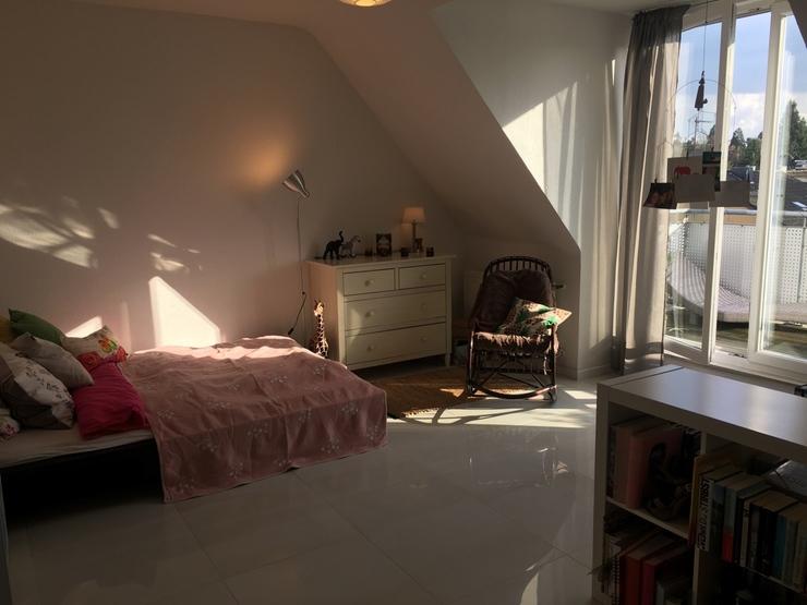 sch ne m blierte 1 zimmer wohnung zur untermiete in k ln. Black Bedroom Furniture Sets. Home Design Ideas