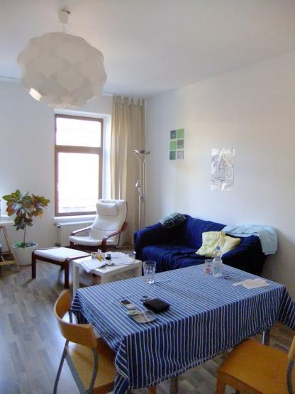 sch ne 3 zimmer altbau wohnung in zentraler lage wohnung in duisburg hochfeld. Black Bedroom Furniture Sets. Home Design Ideas