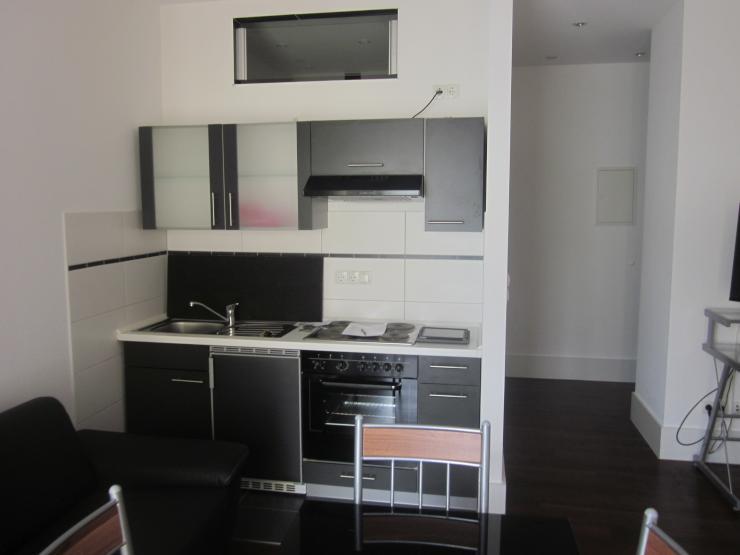 25 gem tliche 1 zimmer wohnung mit ebk und allen nebenkosten strom heizung internet 1. Black Bedroom Furniture Sets. Home Design Ideas