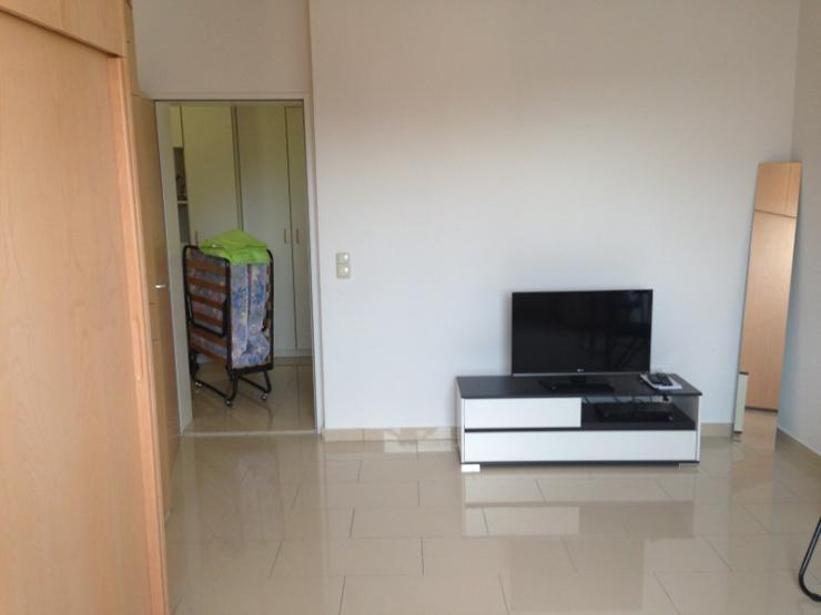 sch ne helle 1 5 zimmer wohnung ca 30 qm in ruhiger lage ab oder fr her 1. Black Bedroom Furniture Sets. Home Design Ideas