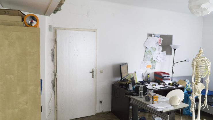 m bliertes 22 m2 zimmer in zentraler 3er wg wgs salzburg m lln. Black Bedroom Furniture Sets. Home Design Ideas