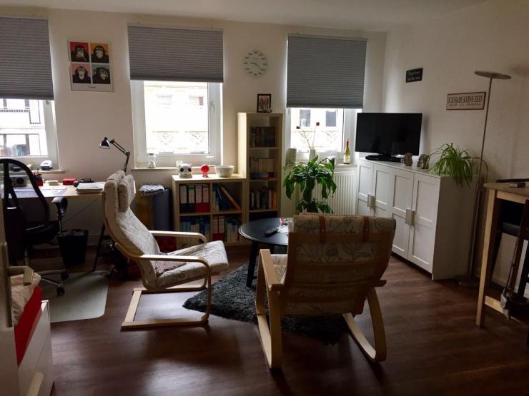 sch ne 1 zimmer wohnung am schwarzen b r 1 zimmer wohnung in hannover linden. Black Bedroom Furniture Sets. Home Design Ideas