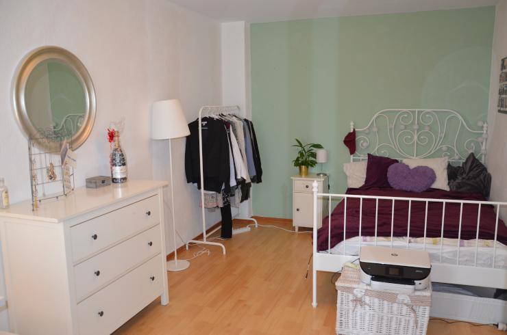 wg hannover wg zimmer angebote in hannover. Black Bedroom Furniture Sets. Home Design Ideas