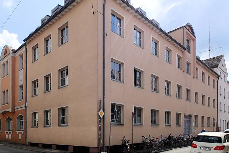 1 zimmer appartement in der innenstadt 1 zimmer wohnung in erlangen innenstadt. Black Bedroom Furniture Sets. Home Design Ideas