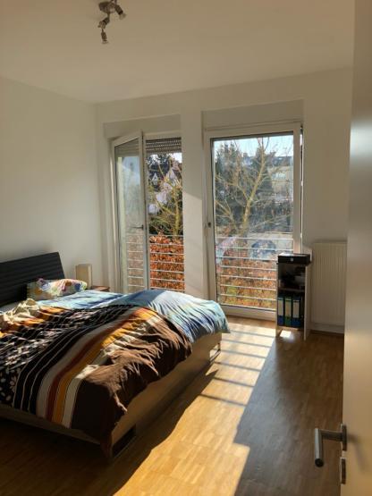 Lichtdurchflutete 2 Zimmer Wohnung   Zentral Und Perfekt Für Studenten/  Young Professionals