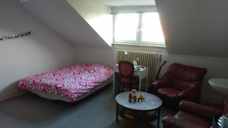 nettes 22m zimmer in 4er wg s dstadt auch zwischenmiete. Black Bedroom Furniture Sets. Home Design Ideas