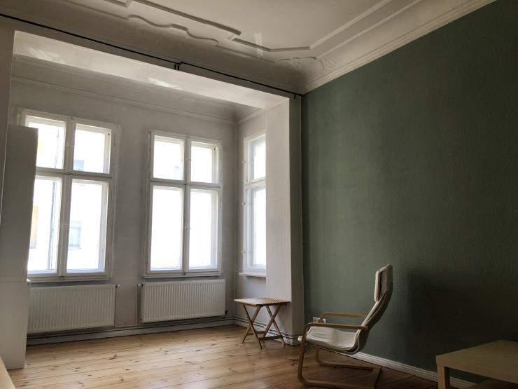 furnished apartment with balcony near schloss charlottenburg wohnung in berlin charlottenburg. Black Bedroom Furniture Sets. Home Design Ideas