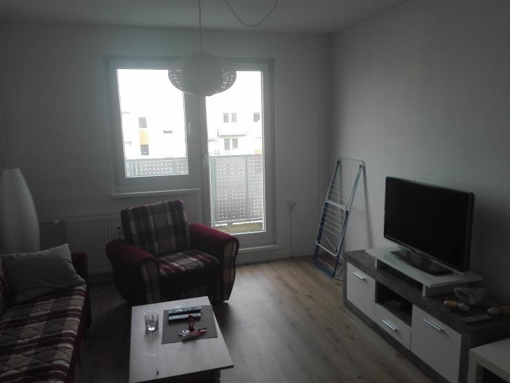 sch ne 3 zimmer wohnung mit k che und balkon wohnung in leipzig gohlis nord. Black Bedroom Furniture Sets. Home Design Ideas