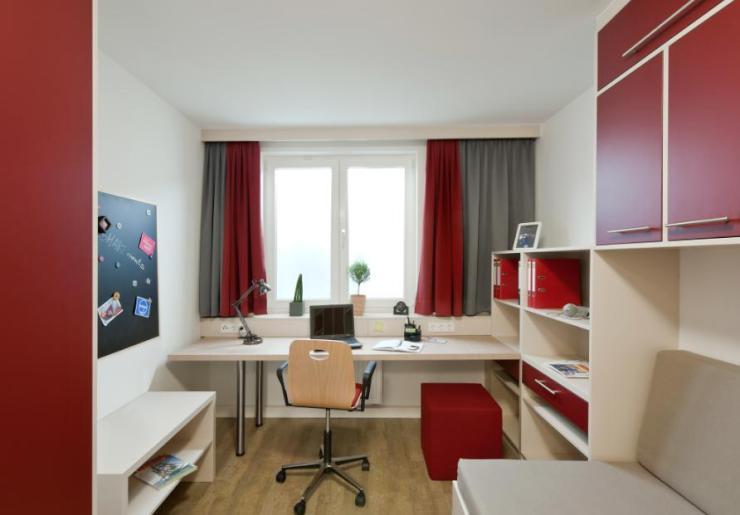 m bliertes apartment mitten in hamburg 1 zimmer wohnung in hamburg klostertor. Black Bedroom Furniture Sets. Home Design Ideas