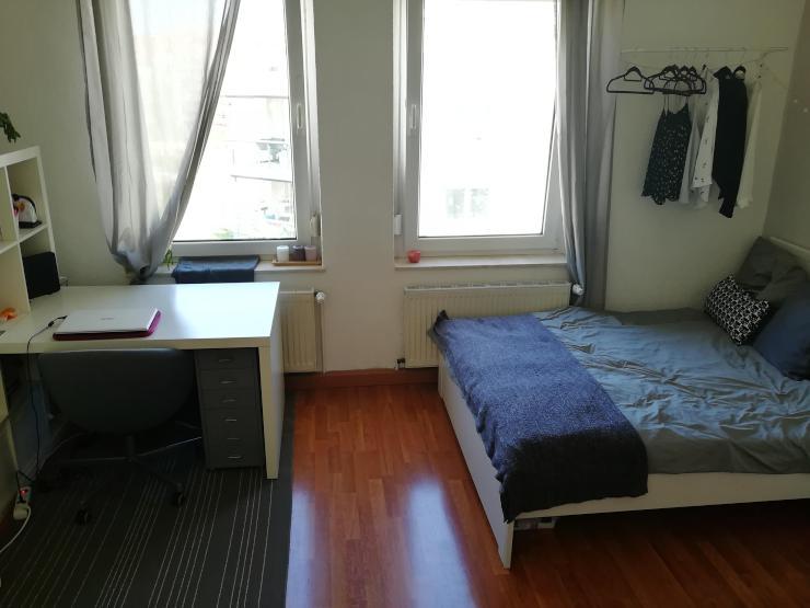 sch ne 1 raum wohnung im beliebtesten viertel erfurts 1 zimmer wohnung in erfurt l bervorstadt. Black Bedroom Furniture Sets. Home Design Ideas