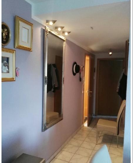 freistehende 2 zi wohnung 50 qm voll m bliert und f r 2 personen nur schick komfort neu. Black Bedroom Furniture Sets. Home Design Ideas