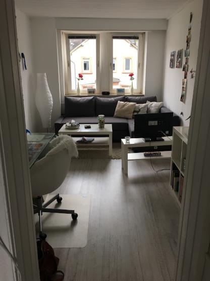 sch ne 2 zimmer wohnung sucht nachmieter in wohnung in trier trier ost. Black Bedroom Furniture Sets. Home Design Ideas