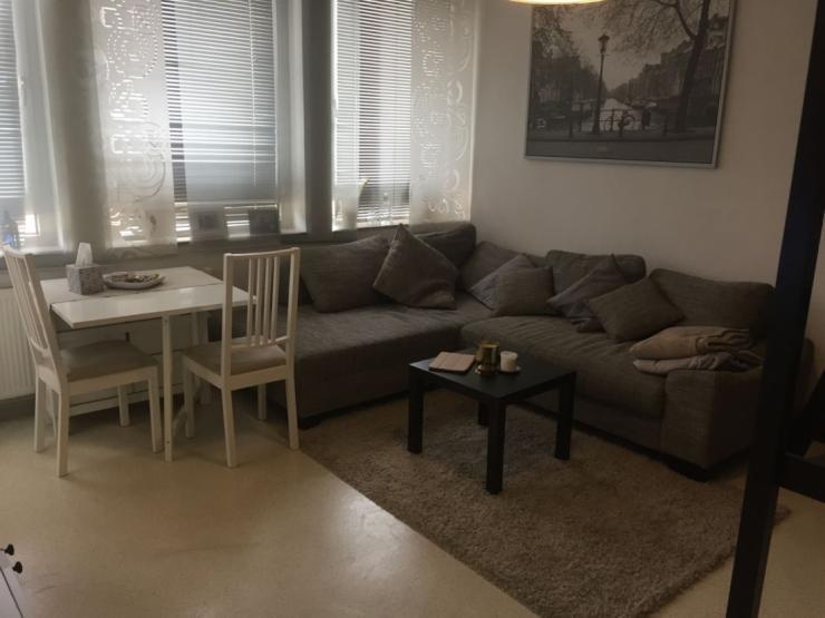 helle 1 zimmer wohnung in der aschaffenburger innenstadt 1 zimmer wohnung in aschaffenburg. Black Bedroom Furniture Sets. Home Design Ideas