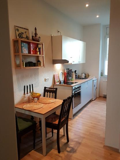 h bsche 1 5 zimmer altbauwohnung auf dem lberg wohnung in wuppertal elberfeld. Black Bedroom Furniture Sets. Home Design Ideas