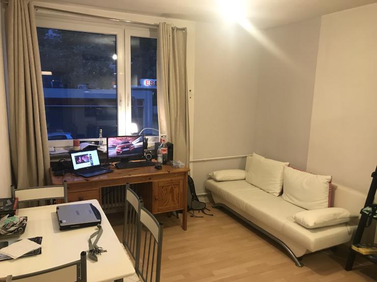 2 zimmer wohnung in zentraler lage 5 min fu weg zum ponttor wohnung in aachen aachen. Black Bedroom Furniture Sets. Home Design Ideas