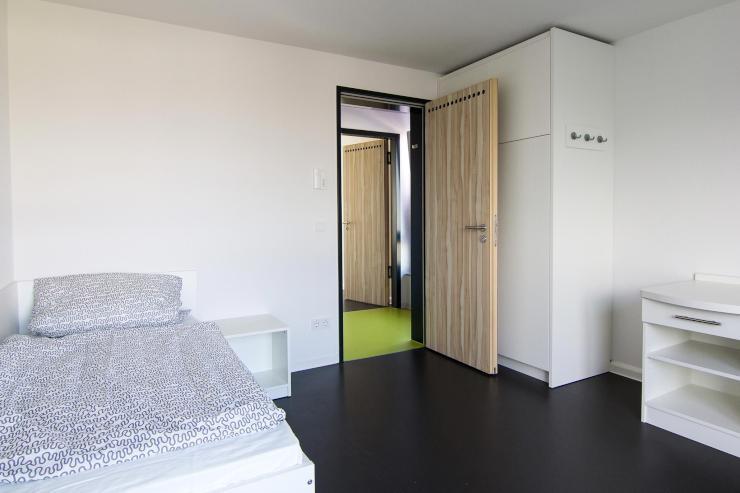 studentenwohnungen reutlingen 1 zimmer wohnungen. Black Bedroom Furniture Sets. Home Design Ideas
