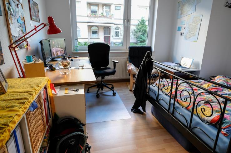 biete tolle wohnung in hannover s d zur zwischenmiete. Black Bedroom Furniture Sets. Home Design Ideas