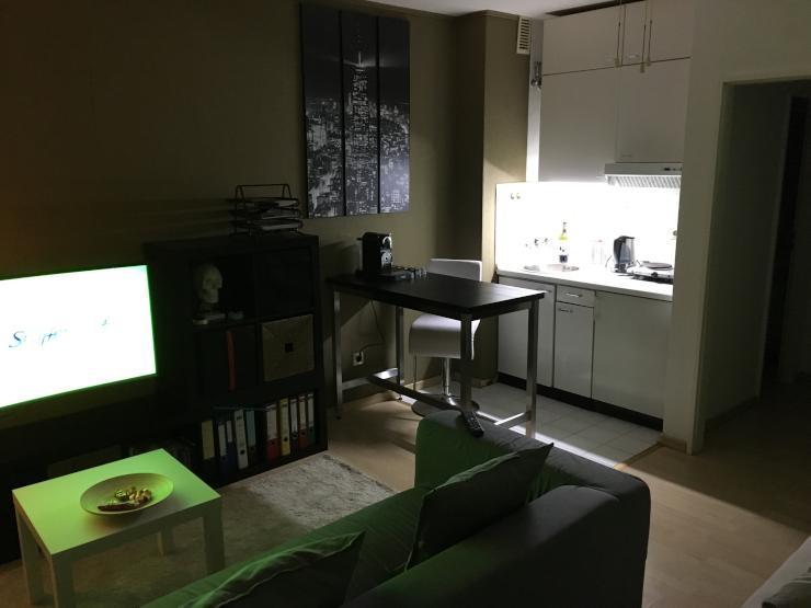 g nstiges zimmer in eppendorf 10 min fu weg vom uke entfent m bliert 1 zimmer wohnung in. Black Bedroom Furniture Sets. Home Design Ideas