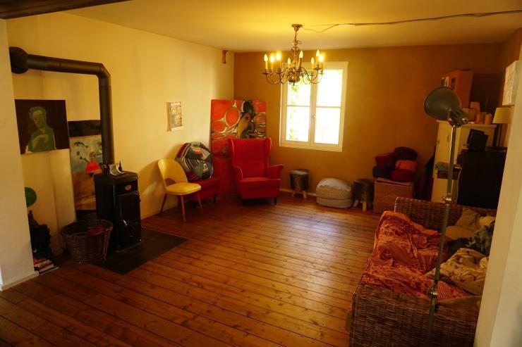 etage in gemeinschaftshaus mit garten zu vermieten haus in k ln ehrenfeld. Black Bedroom Furniture Sets. Home Design Ideas