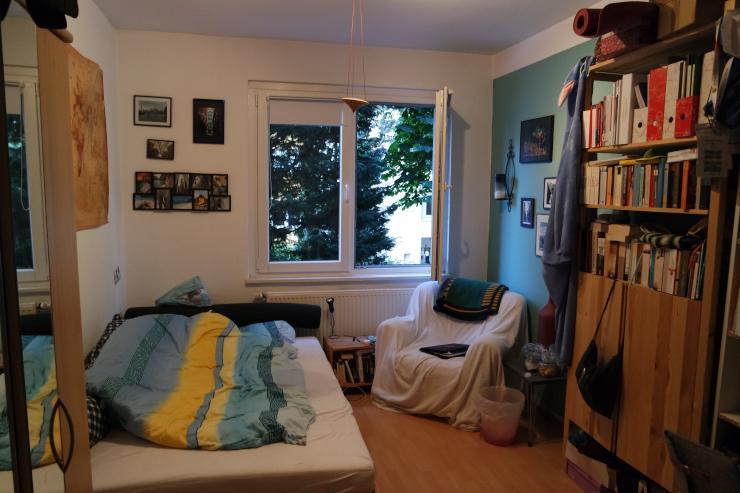 20 qm zimmer in netter 3 wg zur zwischenmiete suche wg dortmund mitte. Black Bedroom Furniture Sets. Home Design Ideas
