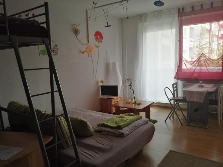 gem tliche 1 raum wohnung 1 zimmer wohnung in erfurt melchendorf. Black Bedroom Furniture Sets. Home Design Ideas