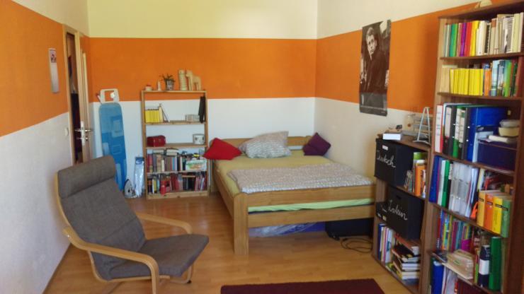 2 zimmer wohnung in ruhiger lage am rande der sch nen neustadt inkl garten sowie. Black Bedroom Furniture Sets. Home Design Ideas