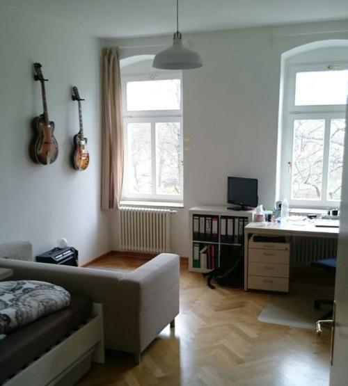 m bliertes zimmer in 2er wg okt nov 18 jan feb 19 wohngemeinschaften in dresden m bliert. Black Bedroom Furniture Sets. Home Design Ideas
