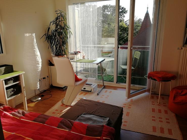 helles studentenappartement zur zwischenmiete 1 zimmer wohnung in regensburg ostenviertel. Black Bedroom Furniture Sets. Home Design Ideas