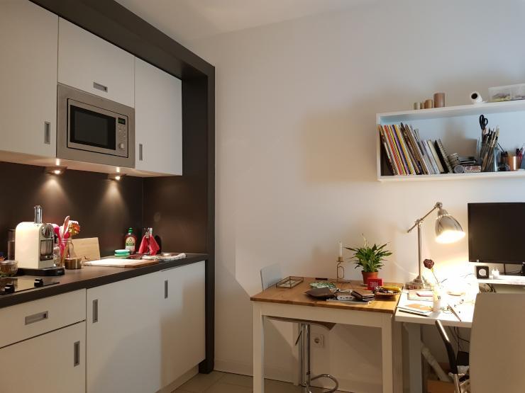 m bliertes studentenapartement 1 zimmer wohnung in frankfurt am main bockenheim. Black Bedroom Furniture Sets. Home Design Ideas