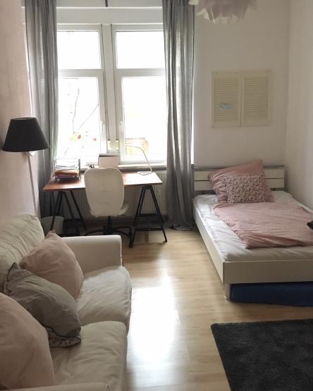 Wg Zimmer In Mannheim: Möbliertes WG-Zimmer Befristet Zur Untermiete