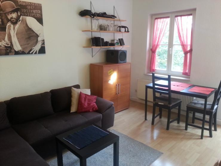 m blierte wohnung mit balkon in unin he zur zwischenmiete 1 zimmer wohnung in dresden. Black Bedroom Furniture Sets. Home Design Ideas