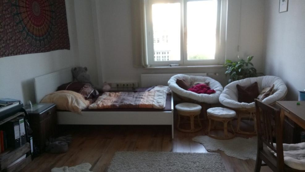 wundersch nes 24 qm zimmer in perfekter lage wird frei wgs erfurt 99085. Black Bedroom Furniture Sets. Home Design Ideas