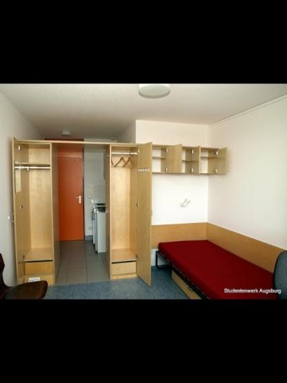 g nstiges zimmer in ruhiger wohnlage m bliert 1 zimmer wohnung in augsburg g ggingen. Black Bedroom Furniture Sets. Home Design Ideas