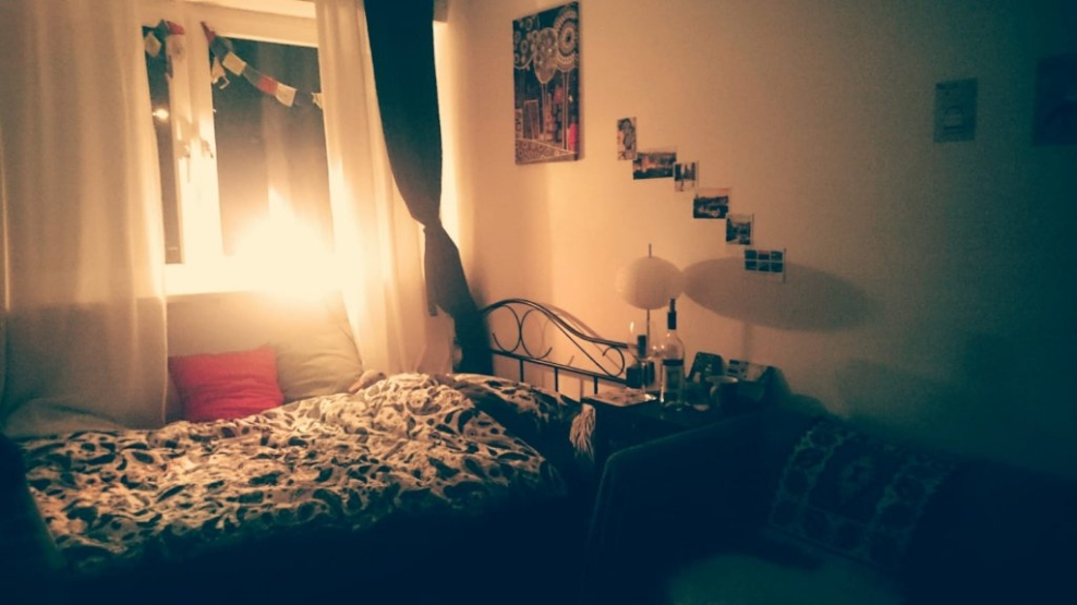 m bliertes 14 qm zimmer an der isar zur zwischenmiete bis m rz 2019 zimmer m bliert m nchen. Black Bedroom Furniture Sets. Home Design Ideas
