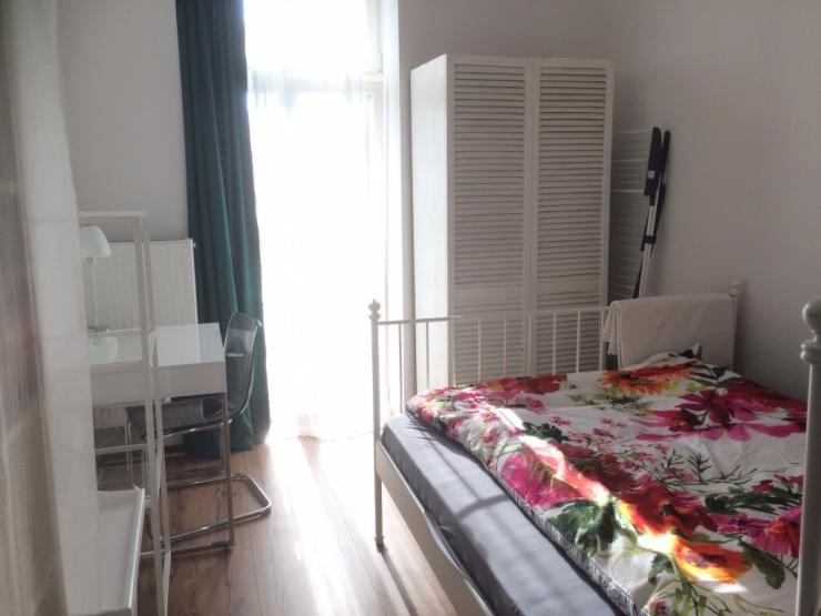 wohnungen potsdam 1 zimmer wohnungen angebote in potsdam. Black Bedroom Furniture Sets. Home Design Ideas